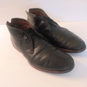 Mens leather Chukka boots